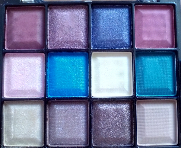 VIVO Enchanted palette
