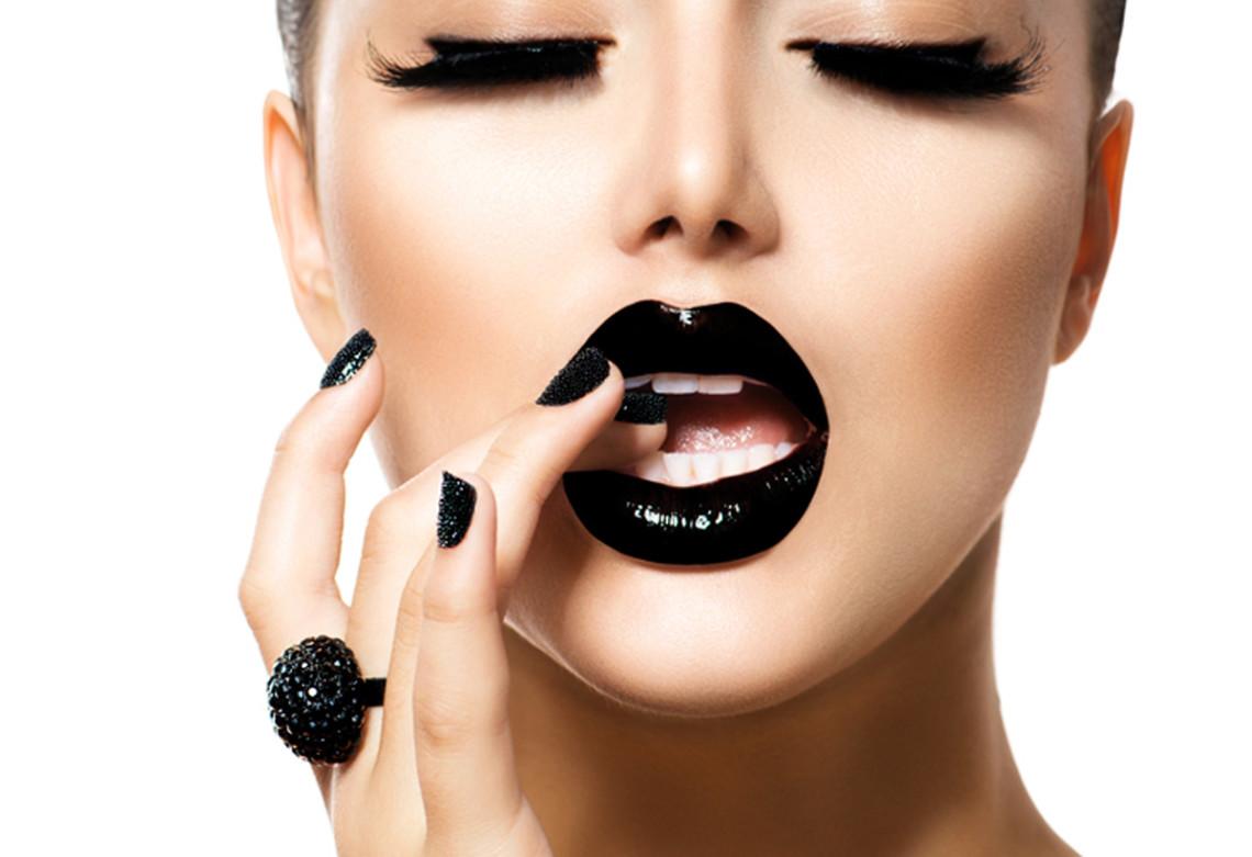 Makeup trends Μαύρα χείλη - Το απόλυτο trend - Makeup of the day