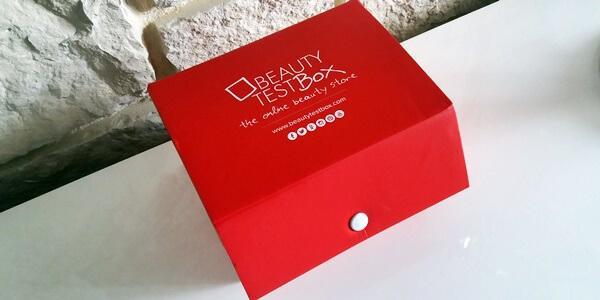 MixBoxOne Beautytestbox unboxing. Συνδρομητικό Κουτάκι Ομορφιάς.