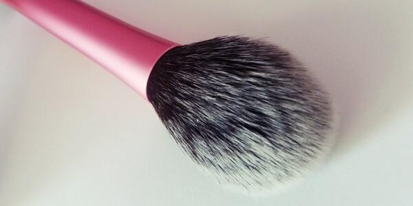 Blush Brush της Real Techniques